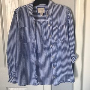 Forever 21 stripes button up size S blue & white
